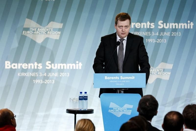 Islands Sigmundur Davíð Gunnlaugsson im Jahre 2013. Er ist das erste Staatsoberhaupt, das durch die Panama Papers zu Fall gebracht wurde. By Utenriksdepartementet UD licensed under CC BY-NC-ND 2.0.