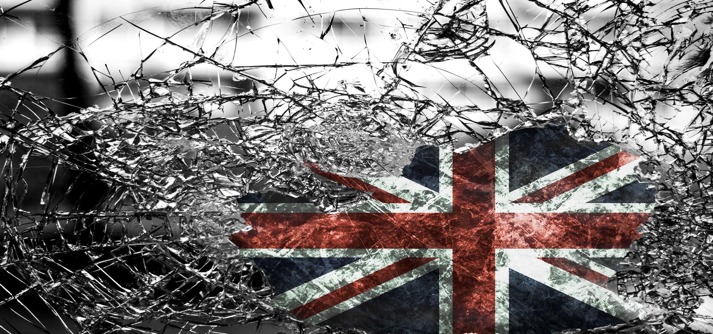 NATO-Terror in Libyen und das Massaker von Manchester: Was wusste die britische Regierung? <br>  <span id='sec-title'>John Pilger über die unbequemen Hintergründe des Manchester-Terrors</span>